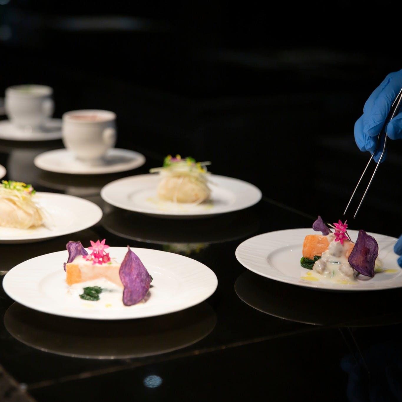 5 ZONE Kitchen~それぞれのZONEには5種類のお料理が並びます~