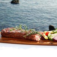 数々の星付きレストランで修行を積んだ本格シェフによるフレンチ風鉄板料理