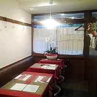 夫婦で営むアットホームな小さなレストラン