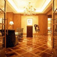 名古屋・栄の中心地 ホテル内の上質空間