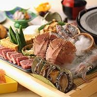 玄海の鮮魚にこだわった四季折々の博多郷土料理