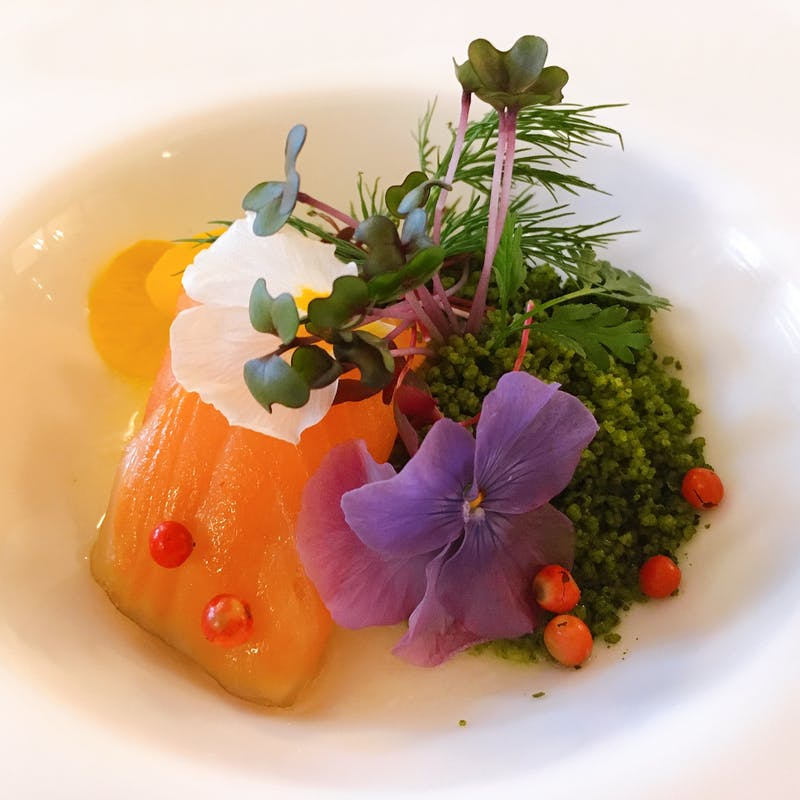 【Lunch A】前菜、魚or肉の選べるメイン、特製デザートプレート