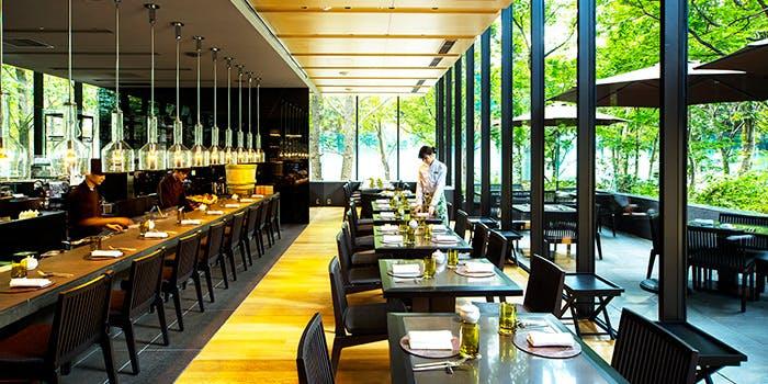 都会のオアシスで心地よいひとときを「ザ・カフェ by アマン/ アマン東京」