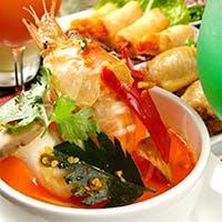 タイ出身シェフの作る本格タイ料理