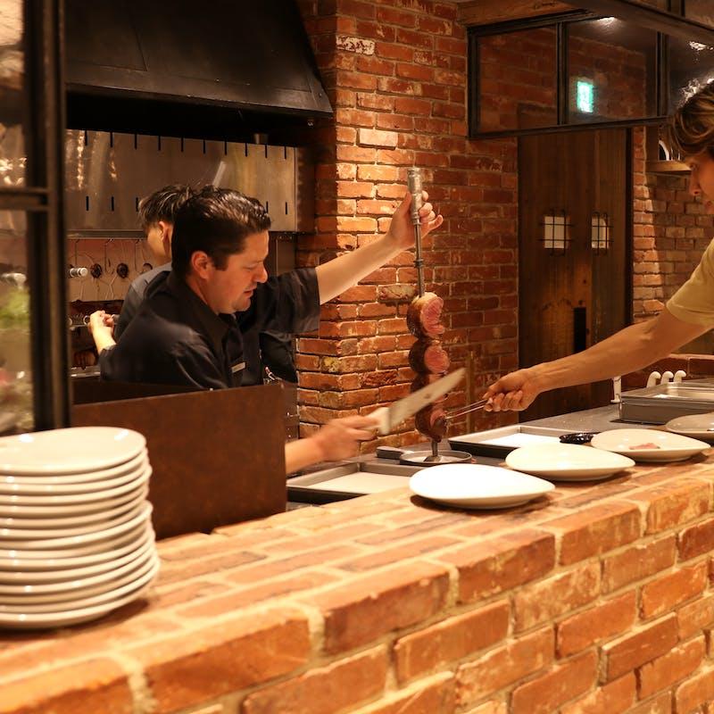 【シュラスコランチ】シュラスコ6種・サラダバー・デザートブッフェなど(90分制・平日限定)
