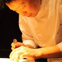 オーナーシェフ 飯塚隆太が奏でる、驚きと感動に溢れたフレンチ