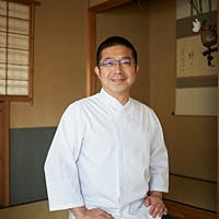 日本料理の伝統を受け継ぎながら、現代的な趣向を取り入れた柏屋の懐石料理