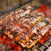 「さきたて」の活鰻を蒸さずに焼く「地焼き」、香ばしさそのままに噛むほどに力強いその味