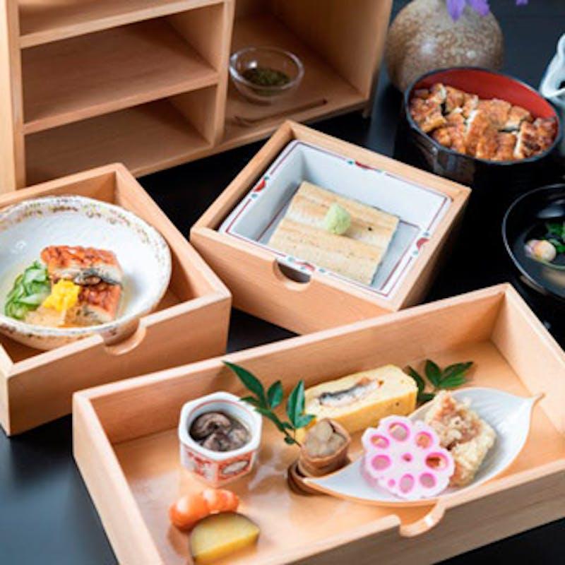 【御膳料理 特製玉手箱御膳】鰻白焼き、ミニひつまぶしなど全8品(個室確約)