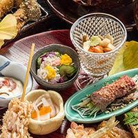 淡路島直送の天然魚をはじめ、新鮮魚介類や京野菜を用いた料理をご堪能ください