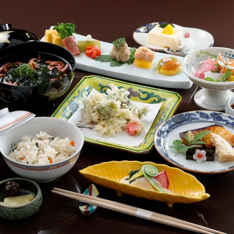 月替わり膳+1ドリンク(90分制・平日限定・個室確約)