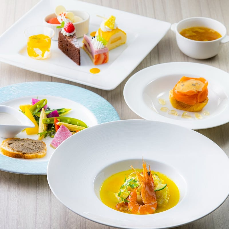 【ライトハウス】選べる肉or魚料理・選べるデザートなど全5品(7/14~9/30 )