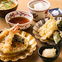 創立明治38年 天ぷら職人が揚げる伝統の味