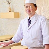 経験豊富な寿司職人が仕入れからこだわり