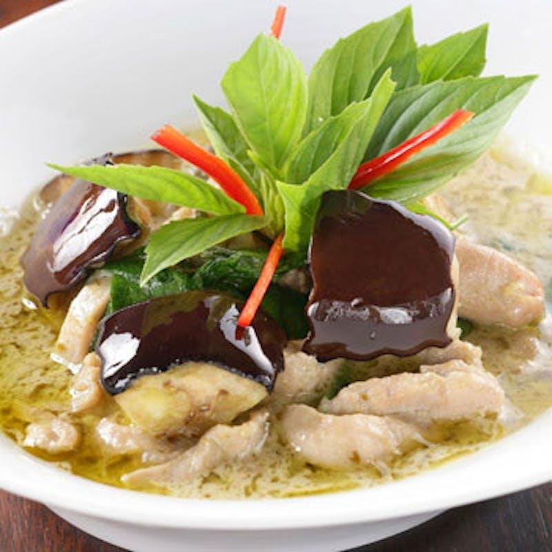 【ジャスミンコース】前菜盛合せ、スープ、メイン、選べるカレーなど全5品