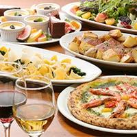 料理とナポリピッツァに寄り添うイタリアワインは年代物から手頃なものまで400種類