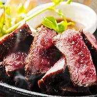 オリジナルのスパニッシュイタリアンと和牛熟成肉が魅力