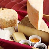 フランス2大熟成士が管理した絶品チーズは他では食せない