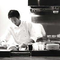 本場で修業した嵐田シェフが作る、至高のクラシックスペイン料理をどうぞ