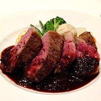 フランス星付きレストランでその腕を磨いた実力派シェフのリヨン伝統料理