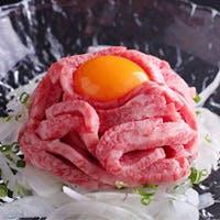 「焼しゃぶ」「焼すき」「肉寿司」…魅惑の肉料理を堪能