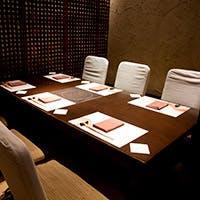 会食などにぴったりな個室を完備 12名様まで御利用頂けるテーブル個室もご用意