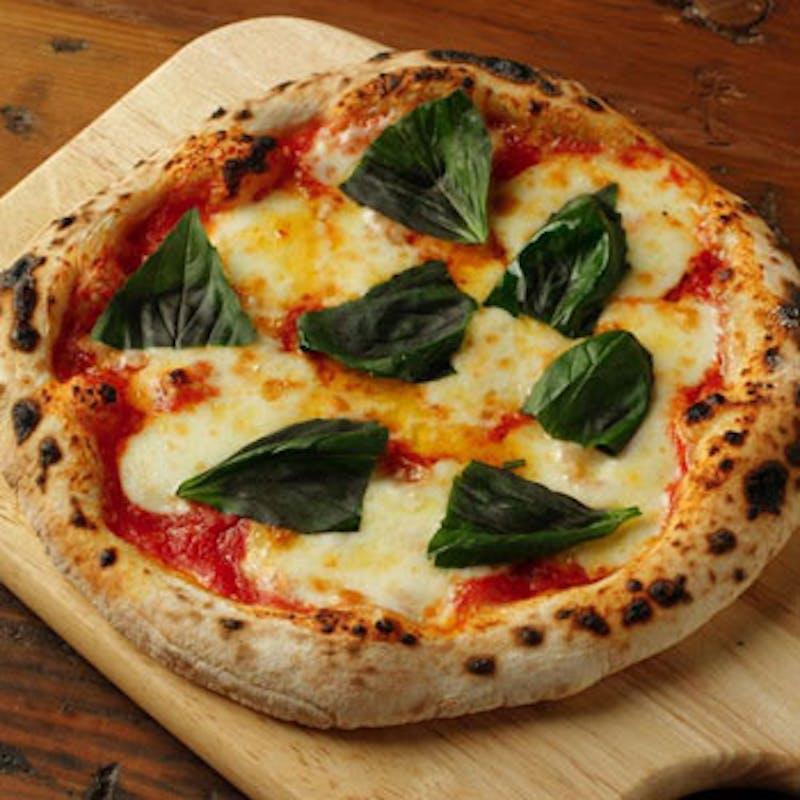 【ツインプレートランチ】ロティサリーチキンなど全4品(ピザセット)+選べる食後のドリンク