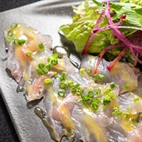 オーストラリア食材と金沢港直送の鮮魚