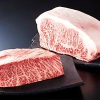 濃厚な旨味が特徴の最高級伊万里牛を贅沢に
