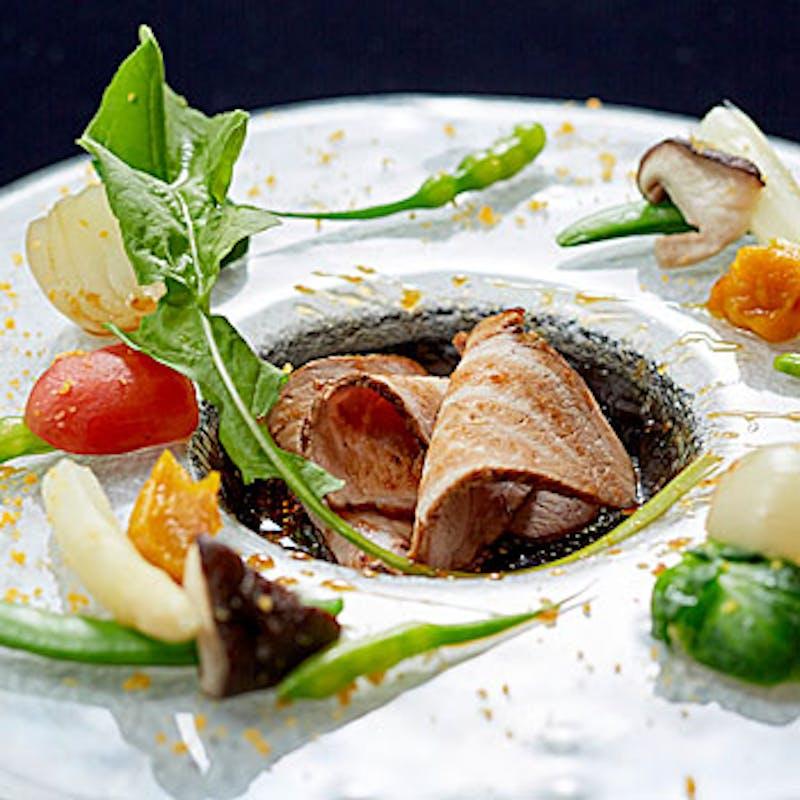 【魏コース】前菜盛り合せ、牛フィレ肉、フカヒレ入り蒸しスープなど全7品+選べる1ドリンク