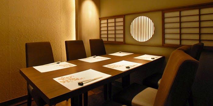 記念日におすすめのレストラン・御曹司 松六家の写真1