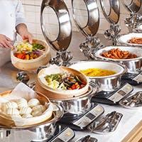 日々の朝食、ランチから特別な日の記念日のディナーまで