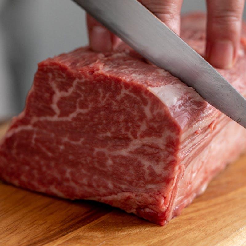 特選黒毛和牛&魚料理のWメインなど全7品+スパークリング含む2ドリンク