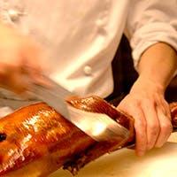 王道の料理が並ぶ、本場中華の神髄を体感