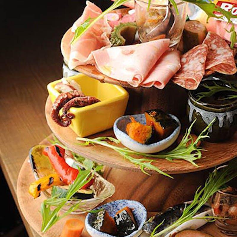 【パーティプラン】2時間飲み放題含む(C:ピッツァ&パスタ、北海道産いけだ牛もも肉の窯焼きなど全6品)