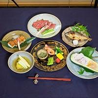 野菜は金沢より加賀野菜を。鮮魚は朝獲れしたものをその日のうちにご提供