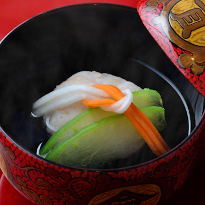 【桔梗色】蓮の葉盛りの先付、造里、焼物、温物、甘味など