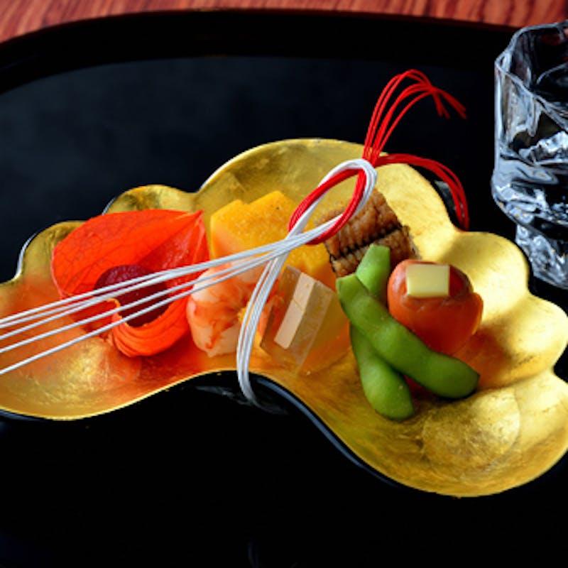 【猩々緋色】蓮の葉盛りの先付、造里、焼物、温物、甘味など+120分飲み放題(カウンター・個室)