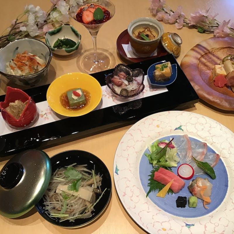 四季懐石+選べる1ドリンク付き(4月限定)