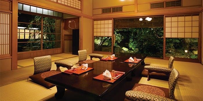 記念日におすすめのレストラン・つきじ治作の写真1