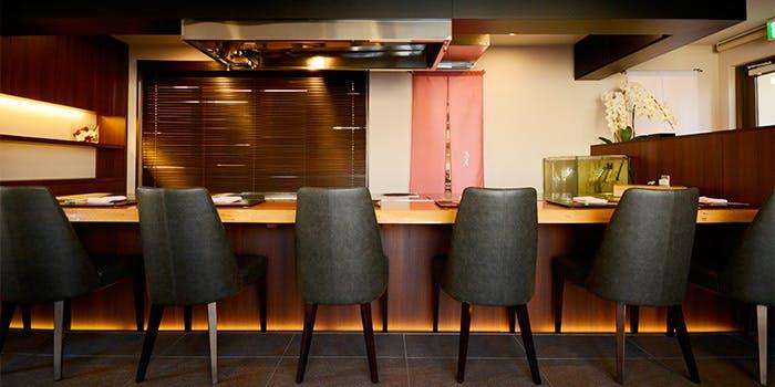 記念日におすすめのレストラン・鉄板焼 鳥居の写真2