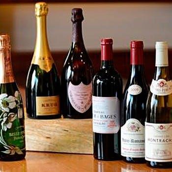 豊富な種類のワインもございます
