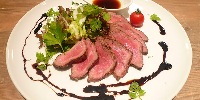 CAFE & RESTAURANT steak TAKA