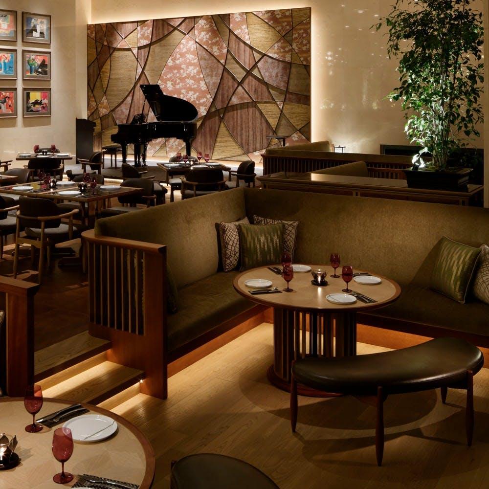 音楽と食事が融合した、上質な贅沢空間