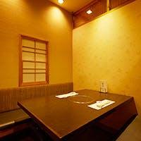 大切な接待や会食など、ビジネスシーンに好評な個室