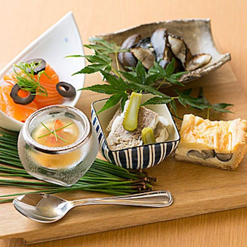 【ランチ6品コース】魚&豚肉のメインなど+1ドリンク付でお得(期間限定)