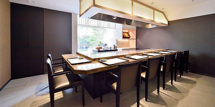 記念日におすすめのレストラン・鉄板焼 銀杏の写真1