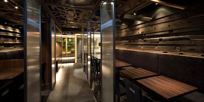 記念日におすすめのレストラン・豚肉創作料理やまと 南青山店の写真1