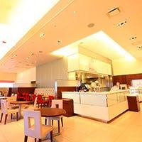ペストリーカフェ 「パティステージ」 スターゲイトホテル関西エアポート2F