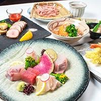 個性豊かな日本酒の魅力を引き立て合う、こだわりの本格和食